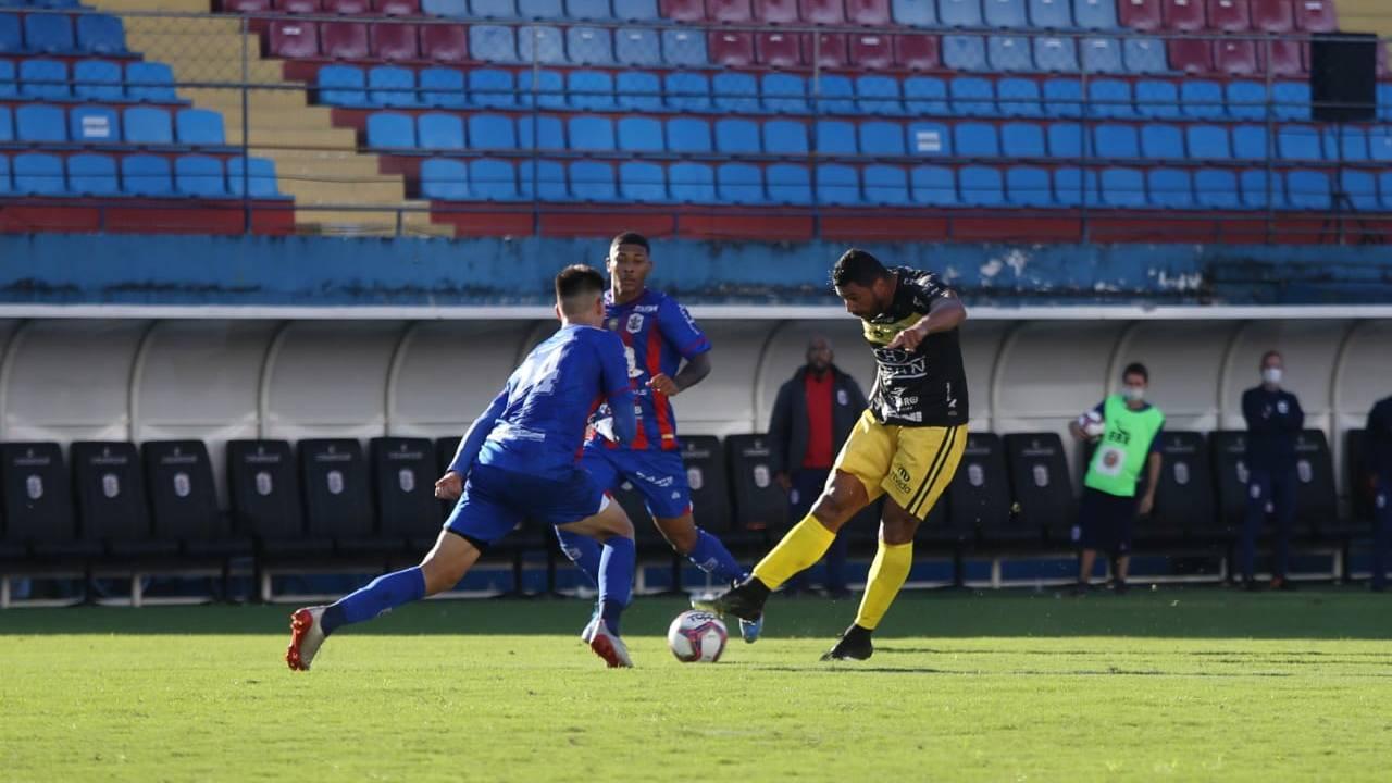 Jogando em Itajaí pela 2ª rodada do Brasileiro, FC Cascavel empata com Marcílio Dias