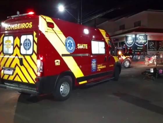 Jovem sofre traumatismo craniano grave após forte colisão de trânsito na Rua Cuiabá