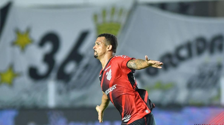 Athletico-PR chega às quartas de final da Copa do Brasil