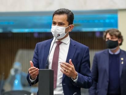 Marcio Pacheco vota contra Licença Prêmio para servidores do Ministério Público