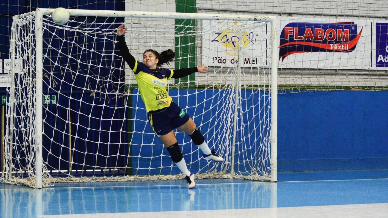 Stein Cascavel Futsal abre seletiva para meninas de 2003, 2004 e 2005