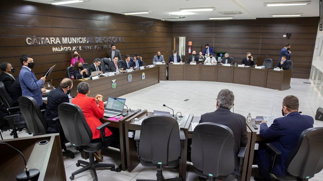 Câmara acata pareceres do TCE que aprovam contas de Paranhos de 2018 e 2019