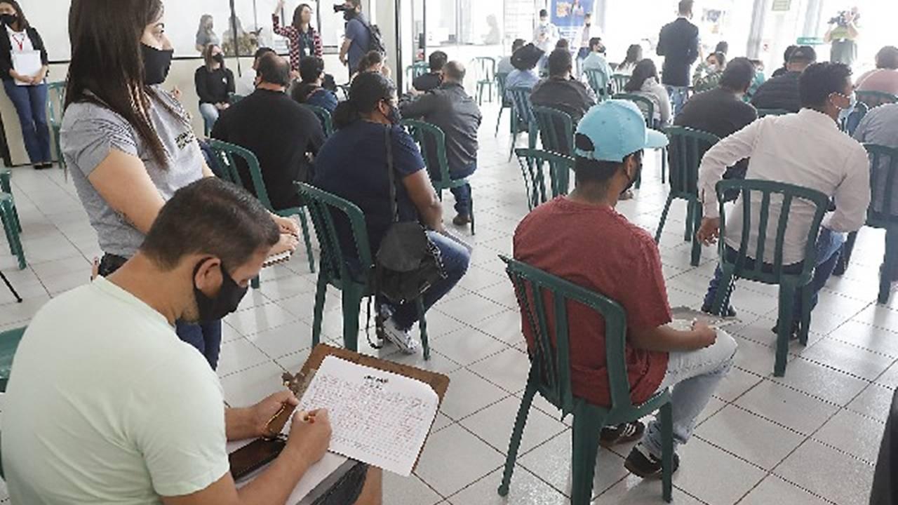Inclusão marca Dia D na Agência do Trabalhador em Cascavel
