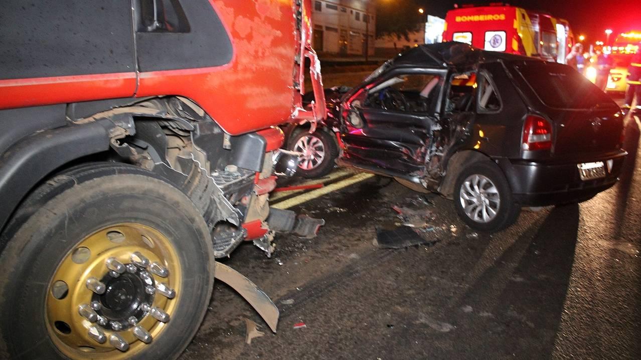 Grave acidente de trânsito é registrado na BR-277 em Cascavel